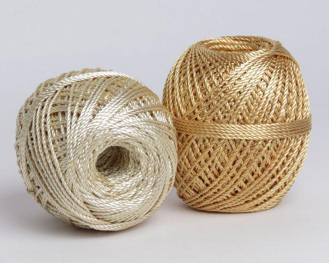 benang-rajut-nilon-pp-gold-mengkilap