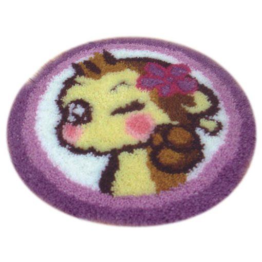 L35 Latch hook kit karpet monyet print
