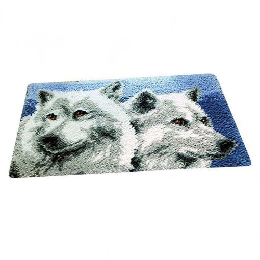 L73 Latch Hook Kit Karpet Rajut Dua Srigala Putih 50×30 cm 1